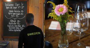 Middag på restaurang Elgen, Olarsgården